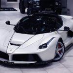 Супергибрид Ferrari LaFerrari Aperta выставлен на продажу